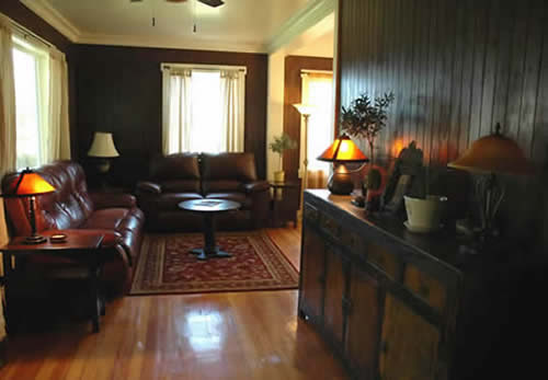 The Pines Cottage Living Area